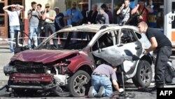 Поліцейські працюють на місці загибелі Павла Шеремета, 20 липня 2016 року
