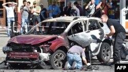 Убийство журналиста и даже взрыв журналиста случаются в Украине далеко не впервые. И коллеги Павла Шеремета опасаются, что это еще не конец.
