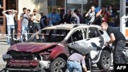 Взорванный автомобиль, в котором погиб журналист Павел Шеремет. Киев, 20 июля 2016 года.