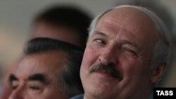 Як Лукашэнку ўсёй краінай выбіралі