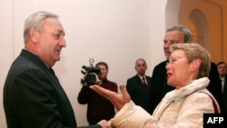 Сухими - Абхаз президенти Сергей Багапш швед дипломаты,Улуттар Уюмунун атайын өкүлү Хейди Таглиавини менен 2-мартта жолугушту.