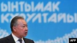 К.Бакиев кеңешме демократиясы өнүгүп жатканын белгиледи
