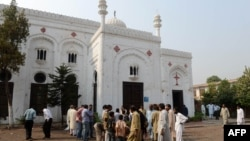 Церковь Всех Святых в Пешаваре, у которой был совершен теракт. 23 сентября 2013 года.