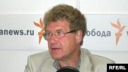 Там, где действует инерция, логика бессильна, полагает Марк Урнов