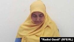 Мухаббатхон Давлатова, жительница Согдийской области Таджикистана, которую дважды задерживали за ношение хиджаба.