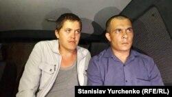 Ренат Параламов (ліворуч) та Еміль Курбедінов