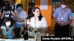 Svetlana Tikhanovskaya Minskdə səs verir, 9 avqust 2020