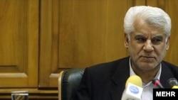 محمود بهمنی، رييس کل بانک مرکزی ايران