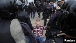 Задержания на акции протеста в Петербурге, 12 июня