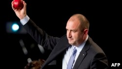 Новообраний президент Болгарії Румен Радев