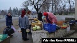 La piața din Vorniceni