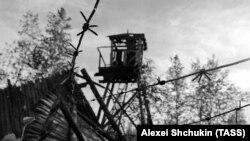 Ресейдің Түмен облысындағы бұрынғы лагерьден қалған қарауыл орны. Көрнекі сурет.