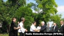 Ivo Josipović na salašu u Vojvodini, 18. srpanj 2010. Foto: Vesela Laloš