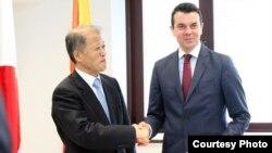 Министерот за надворешни работи Никола Попоски и амбасадорот на Јапонија за Република Македонија со седиште во Виена, Макото Такетоши