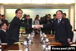 Переговори делегацій КНДР і Південної Кореї в Пханмунджомі. 9 січня 2018 року