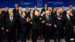 Эскерүү иш-чарасына чогулган лидерлер. Иерусалим, 22-январь, 2020-жыл.