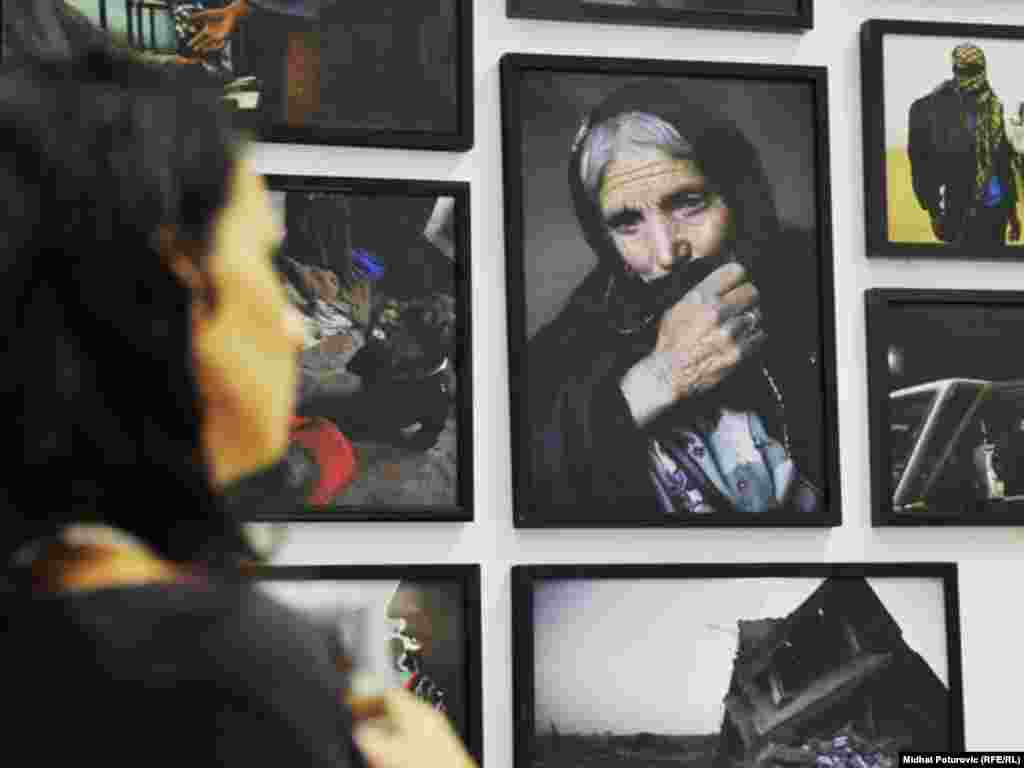 Bosna i Hercegovina -- Izložba - Freedom to Create, Sarajevo, 21Jul2011