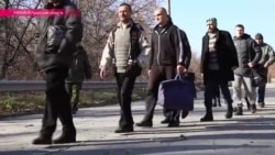 Ukrainian Army and Separatists Exchange Prisoners