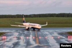 Минск әуежайына қонған Ryanair ұшағы. 23 мамыр 2021 жыл.