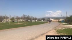 Центральная улица села Багыс. 7 апреля 2021 года.