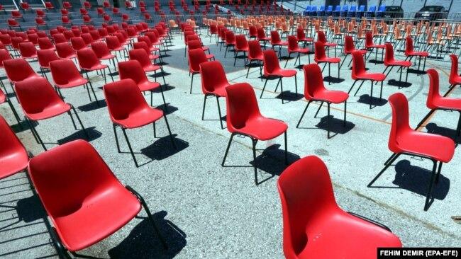 Razmještaj stolica u otvorenom kinu Metalac 26. SFF-a, 29. juli