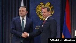 Armenia -- Armenian Defense Minister Davit Tonoyan (R) and his Georgian counterpart Irakli Gharibashvili meet in Yerevan, February 27, 2020.