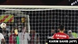 آرشیف، مسابقه فوتبال میان تیمهای امارات متحدۀ عربی و بحرین