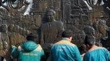 Азия: день в честь Назарбаева. Год восьмой