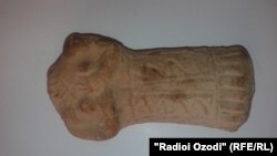 Tajikistan,Khatlon region, a small gravestone find from ancient forth in Farkhor district,9September2014