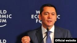 Премьер-министр Омурбек Бабанов на Всемирном экономическом форуме, Стамбул, 5 июня 2012 года.