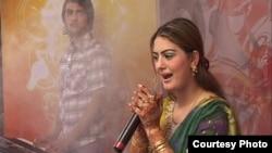 Пакистанская певица Газала Джавед, убитая в 2012 году.