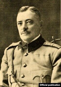 Gen. Ernest Broșteanu [Foto: în Gh. V. Andronachi, Albumul Basarabiei în jurul marelui eveniment al unirii, Chișinău, 1933]