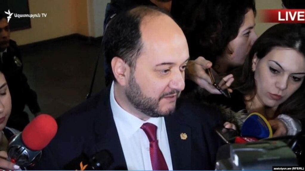 Глава Минобрнауки: «Я вижу серьезные проблемы в работе Арама Симоняна»