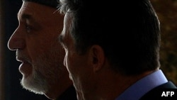 Președintele afgan Hamid Karzai și secretarul general al NATO Anders Fogh Rasmussen, Kabul, 4.03.2013