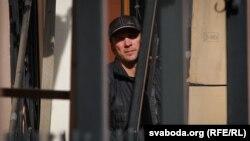 Віталь Кузьнечык з сынам адмаўляецца пакідаць тэрыторыю амбасады Швэцыі, спасылаючыся на палітычны перасьлед
