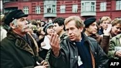 Один из инициаторов создания «Хартии – 77» – Вацлав Гавел впоследствии стал президентом Чехии