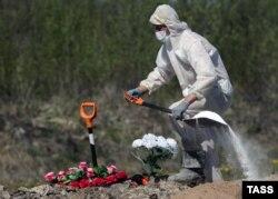 Похороны умерших от коронавируса