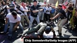 Акция неонацистов в Шарлотсвилле, штат Вирджиния, США, 11 августа 2017 года