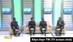 """Içeri işler ministrliginiň işgärleri """"Altyn Asyr"""" döwlet telekanalynda çykyş edýärler"""