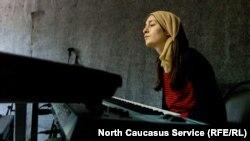 """""""Если молодые смогут решать музыкой житейские проблемы, они сюда придут""""."""