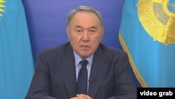 Президент Казахстана Нурсултан Назарбаев во время обращения к народу. 8 июня 2016 года.