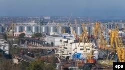 Пять из новых компаний в санкционный перечень зарегистрированы в Одессе