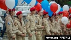 Прокурор АРК Гюндуз Мамедов зазначив, що «військове навчання дітей – це порушення міжнародного гуманітарного права»