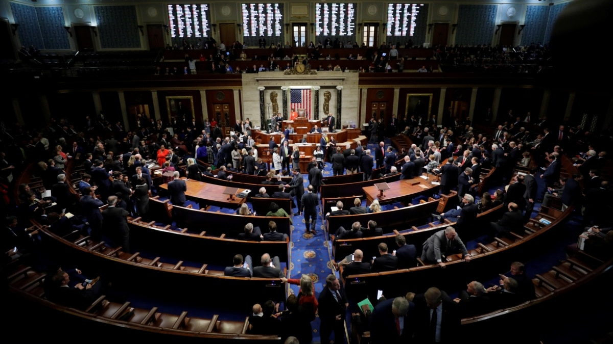 Нижняя палата Конгресса США рассмотрит законопроект о выделении 2 триллионов долларов на поддержку экономики