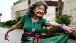 Тао Порчон, 97-летняя преподавательница йоги