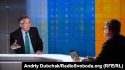 Роман Ващук у студії Радіо Свобода