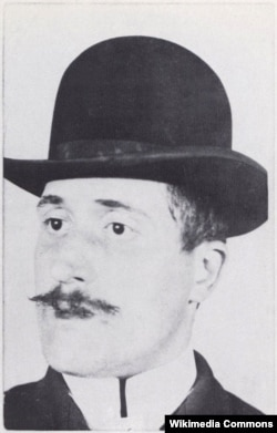 Guillaume Apollinaire, 1902