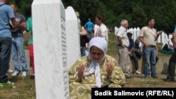 Në Potoçari afër Srebrenicës në Bosnjë Hercegovinë janë rivarrosur 409 mbetje mortore
