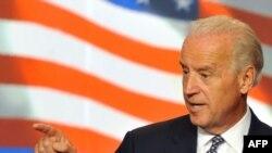 """Joe Biden - inventatorul expresiei """"resetarea relaţiilor"""""""