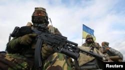 По неофициальным данным, сейчас на стороне Украины в Донбассе воюют несколько сотен грузин-добровольцев